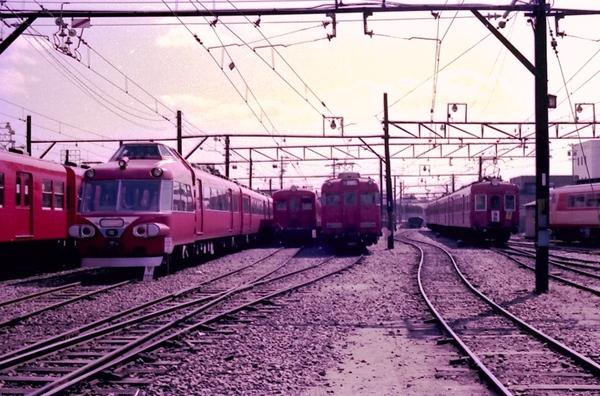 往年の新川工場: AoNamazuの鉄道...